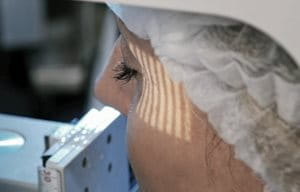 Woman`s wrinkles get tested with the PRIMOS method